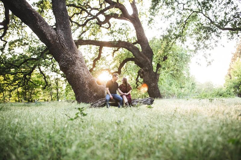 engagement-wedding-outdoor-nature-adventure-couple.jpg
