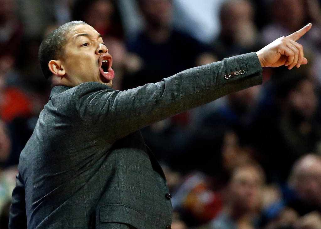 . Cleveland Cavaliers head coach Tyronn Lue directs his team from the sideline during the second half of an NBA basketball game against the Chicago Bulls Thursday, March 30, 2017, in Chicago. (AP Photo/Nam Y. Huh)