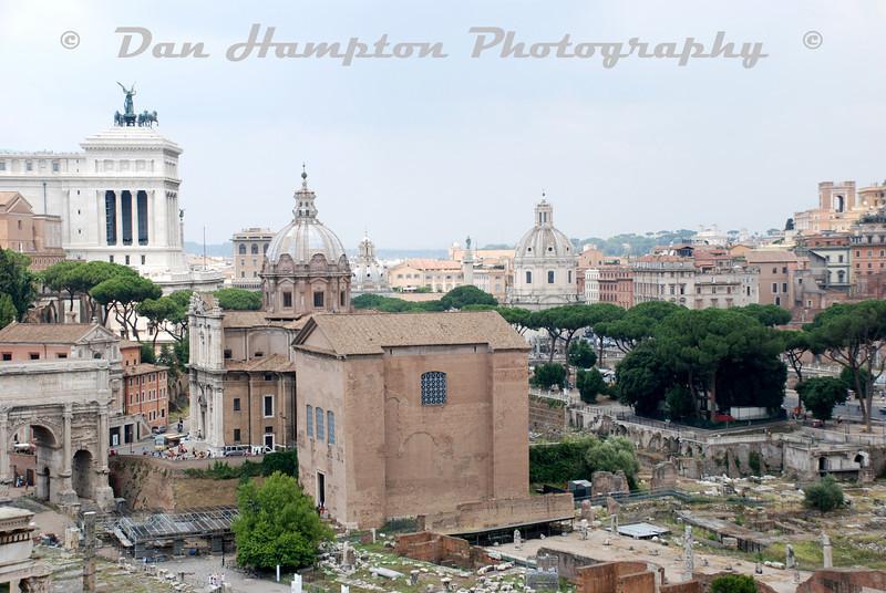 Colosseum (15).jpg