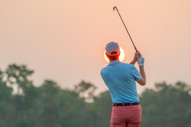 Morning-Golfer-In-Pinehurst-John-Patota-200.jpg