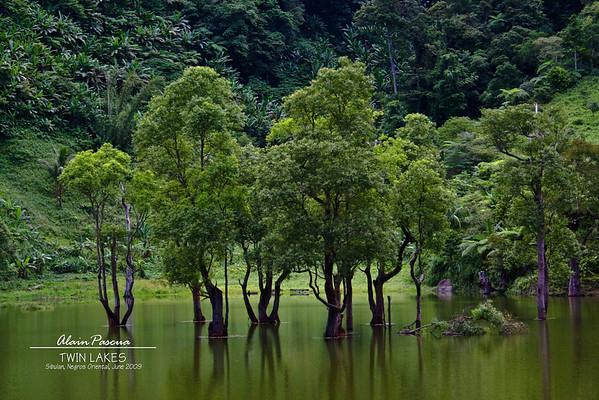 Twin Lakes, Negros Oriental