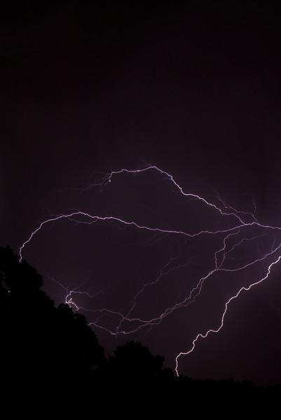 Lightning-001-2-2.jpg