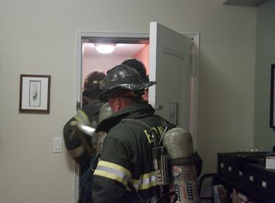 04.26.2009 - Fire @ 675 Academy