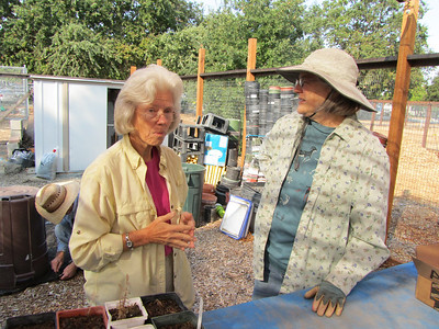 WCOSF Tuesday Group Readies Nursery for Fall 092512
