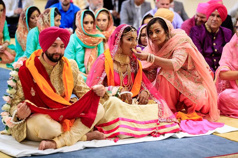 Neelam_and_Matt_Gurdwara_Wedding-1487.jpg