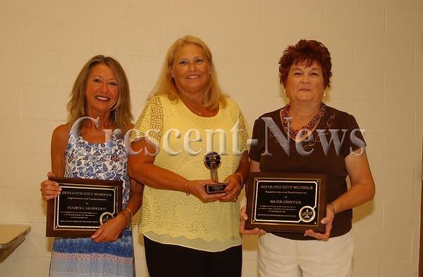 09-22-15 NEWS Defiance City Schools Recognition