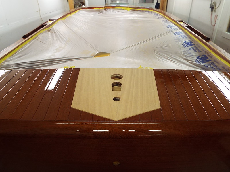 Rear king plank after the bleaching process and let dry for twelve hours.