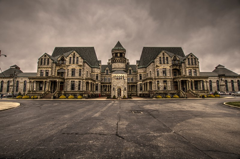 Ohio-state-reformatory-highcontrast-Beechnut-Photos-rjduff.jpg
