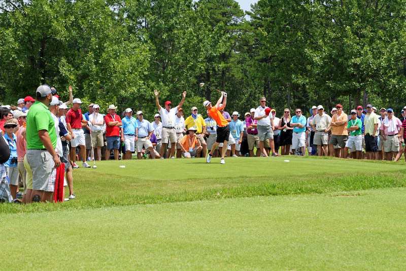 Jordan Niebrugge of Mequon, WI tees off on the 18th hole during the semifinals of the 111th Western Amateur at The Alotian Club in Roland, AR. (WGA Photo/Ian Yelton)
