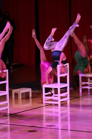 Circus 2010 - hand balancing