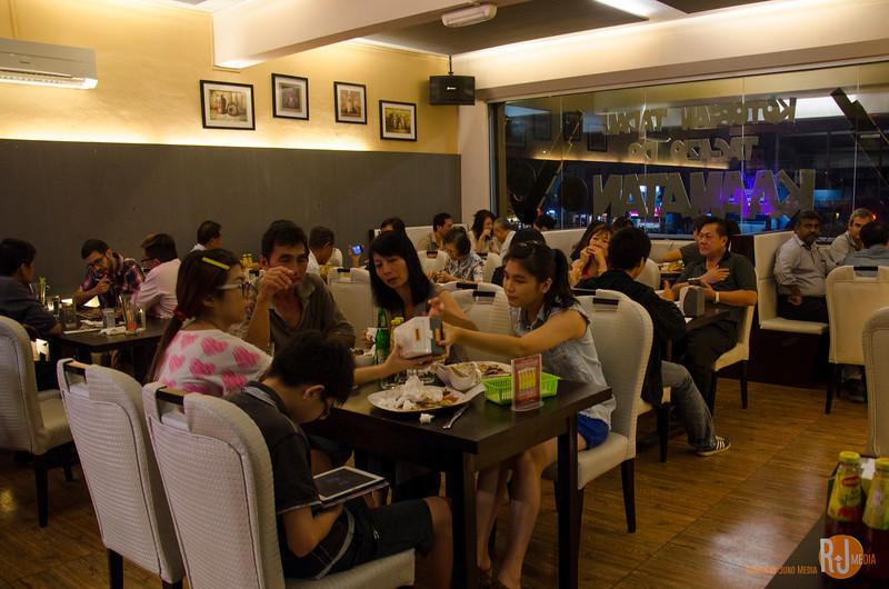 Malaysia-Sabah-grillz kitchen-2790.jpg