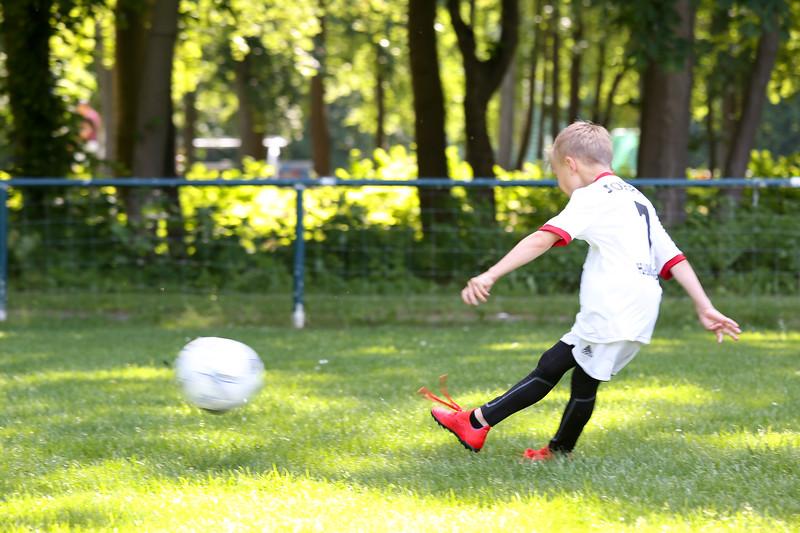 hsv_fussballschule-214_48047992733_o.jpg