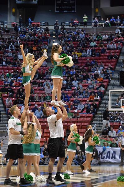 cheerleaders3985.jpg