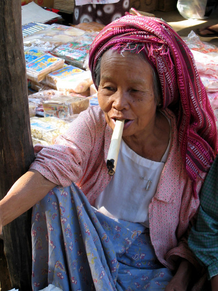 Burma 2003-08.jpg