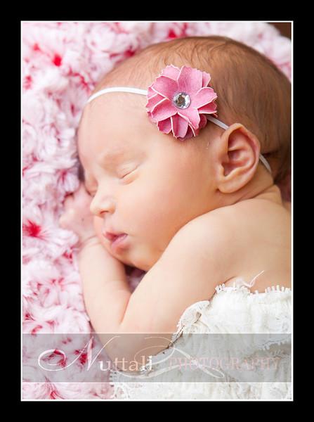 Olivia Newborn-080.jpg