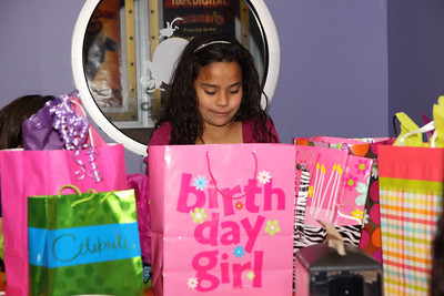 20110417 Mia Birthday Party