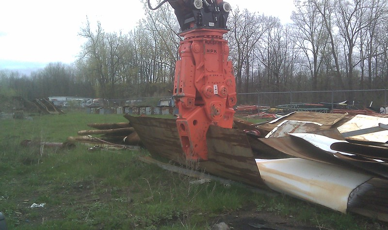 NPK M35K demolition shear on Doosan excavator-C&D recycling (10).jpg