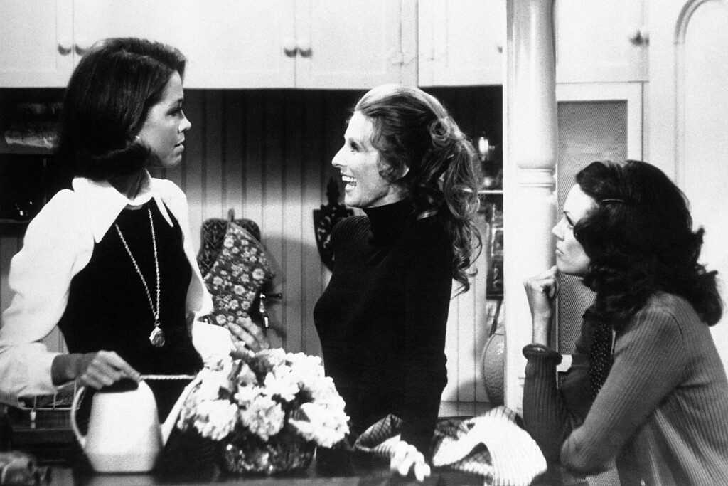 ". US actresses Mary Tyler Moore, left, Cloris Leachman, center, and Valerie Harper are not only talented cast members of ""The Mary Tyler Moore Show\"", they also contributed to the successful breakthrough of a new style of series in which the old situation comedy hang-ups about women are gone. (AP Photo)"