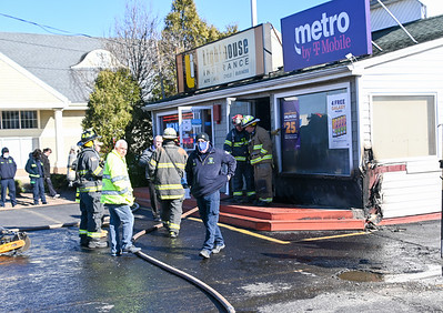 Mastic FD Takes in Commercial Working Fire {2021.03.15}