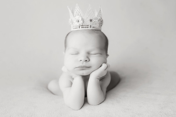Brynne Newborn Session