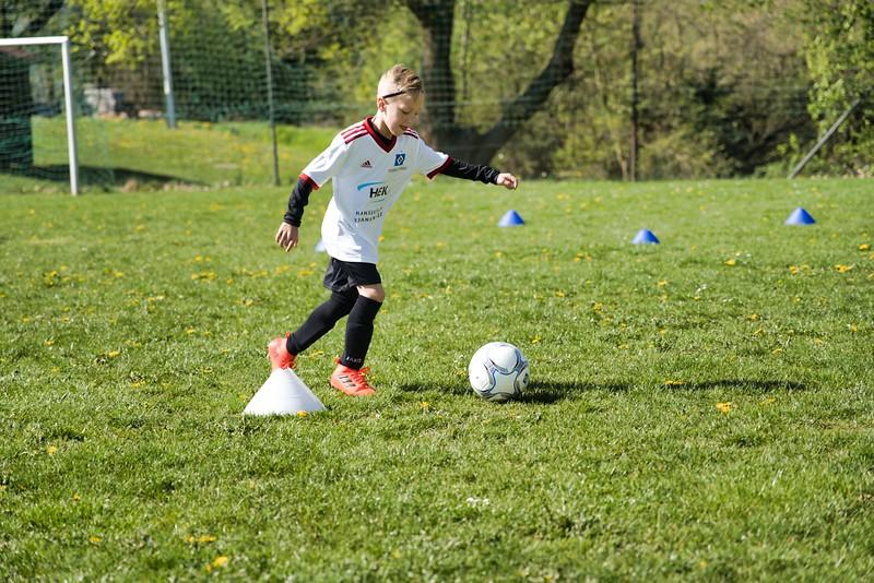 hsv-fussballschule---wochendendcamp-hannm-am-22-und-23042019-w-01_33853873728_o.jpg
