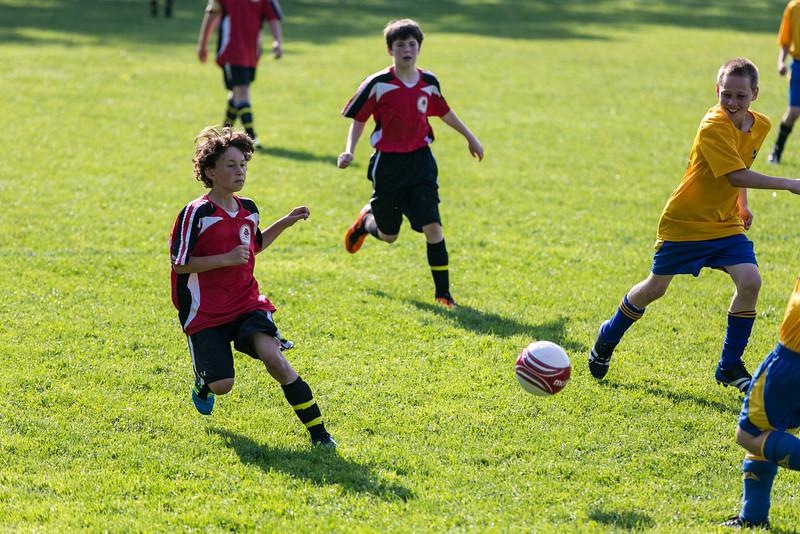 amherst_soccer_club_memorial_day_classic_2012-05-26-00860.jpg