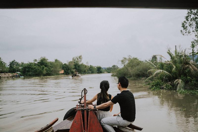 Tu Nguyen Wedding Mekong River Elopement Can Tho  - Southern Vietnam 26.jpg