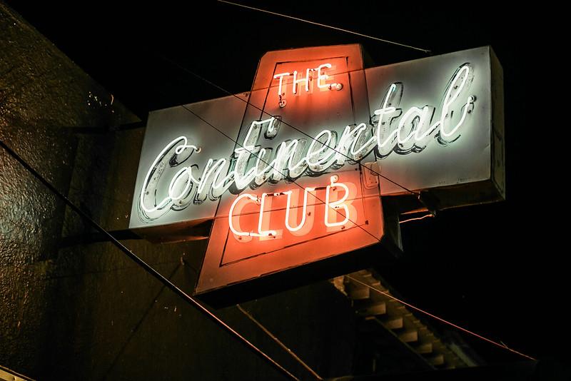 TamecaJones@TheContinentalClub-44.jpg