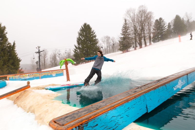 Pool-Party-Jam-2015_Snow-Trails-622.jpg