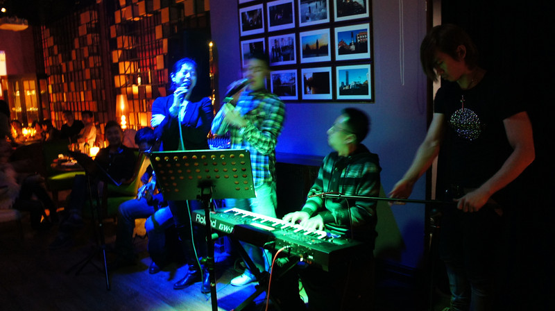[20111204] MIBs Drinks @ BJ Mai Bar-Gongti A Hotel (1).JPG