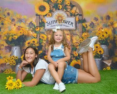 Francesca & Sofia Sunflower 2020