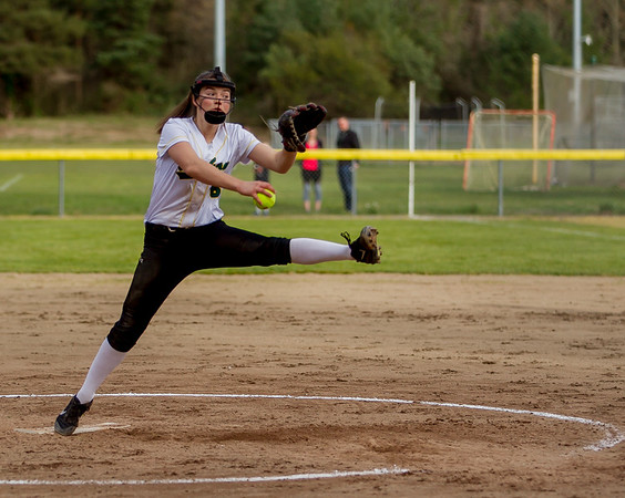 Set four: Vashon Island High School Fastpitch v Rainier Christian