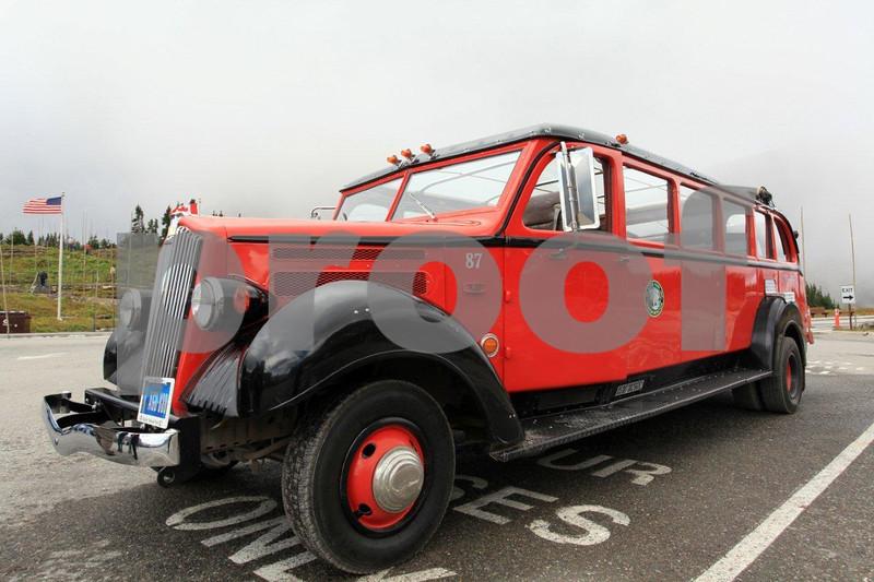GNP Ford bus 4294.jpg