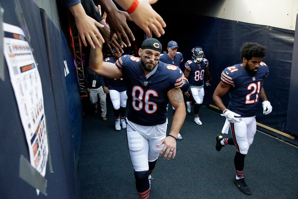 . Chicago Bears tight end Zach Miller (86) before an NFL football game against the Cleveland Browns, Thursday, Aug. 31, 2017, in Chicago. (AP Photo/Nam Y. Huh)
