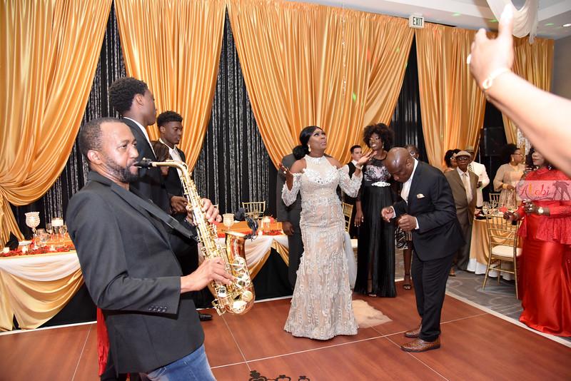 Olawumi's 50th birthday 1250.jpg