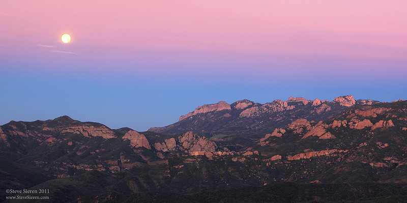 Full Moon setting in Earth's Shadow, Tri Peaks - Boney Mountain Wilderness