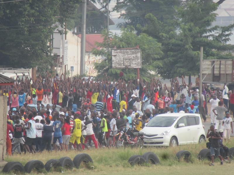 017_Bujumbura. Locals stretching and training, at 7am.JPG