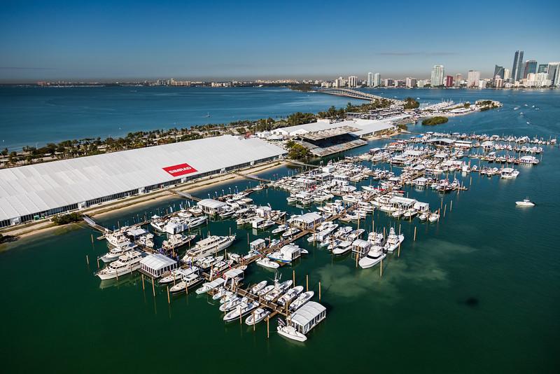 MiamiInternationalBoatShow (7 of 8).jpg