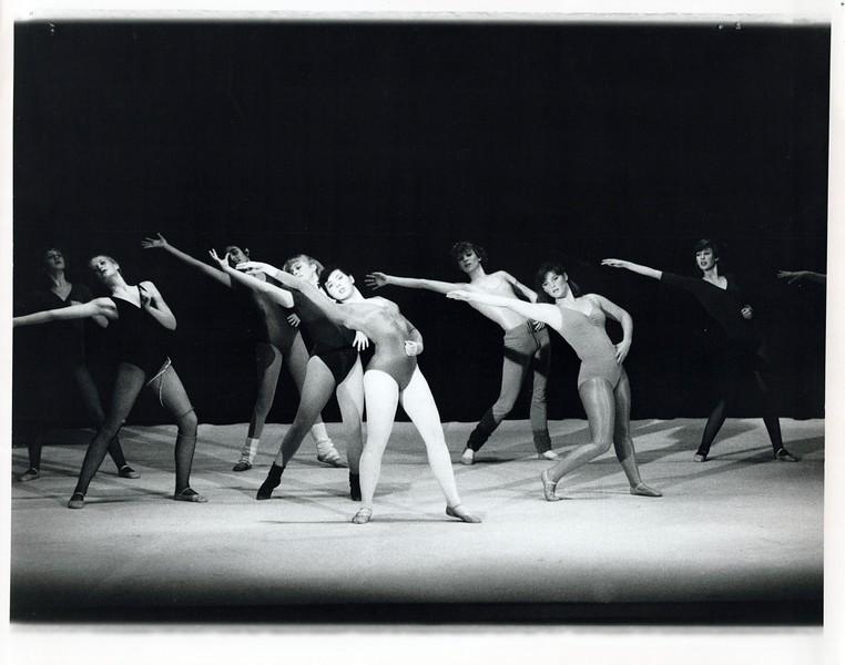 Dance_0856_a.jpg