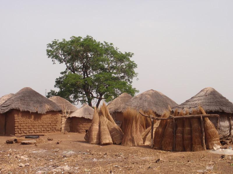 028_Between Tamale and Kumasi. Traditional Buildings.jpg