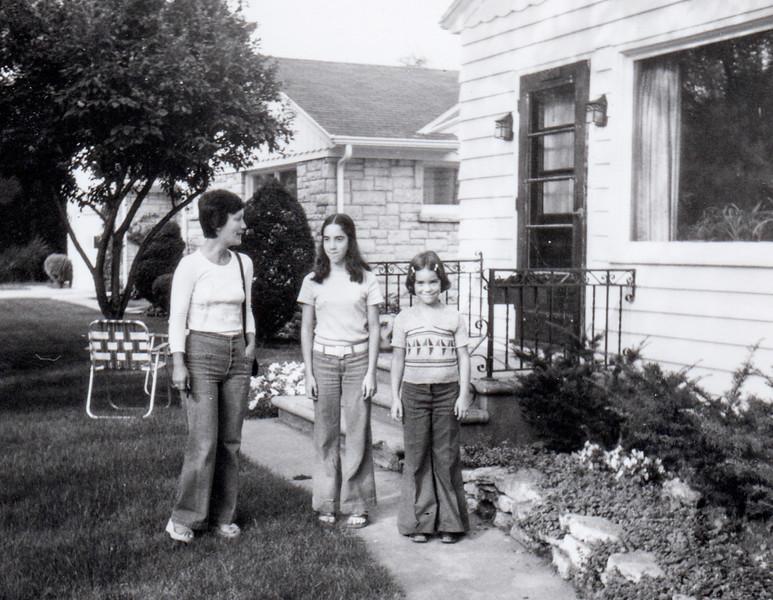 1973 edda michelle tina de pere wi urbandale