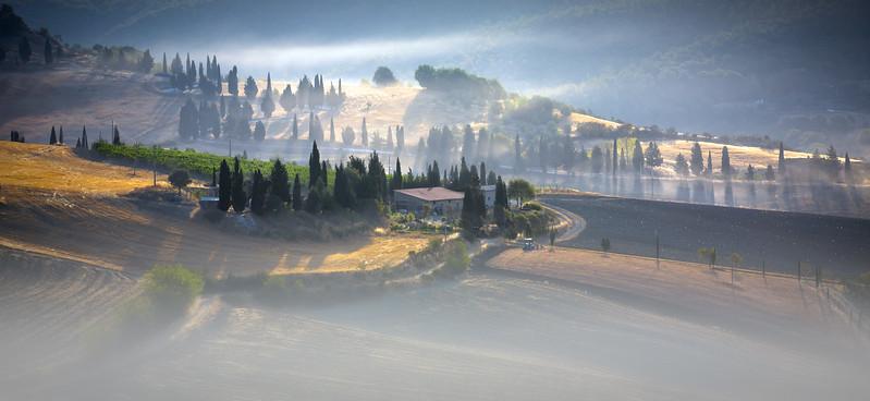 Tuscan farm.jpg