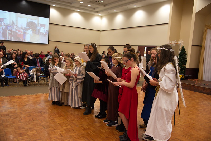 2018-12-16-Christmas-Pageant_300.jpg