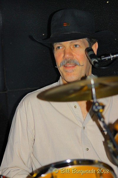 Digger Dave Bowman - Jo Macdonald  2013 015.jpg