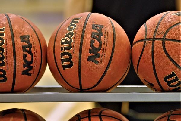 2019 02 08 SL v Langley Basketball, Sr. Nt.