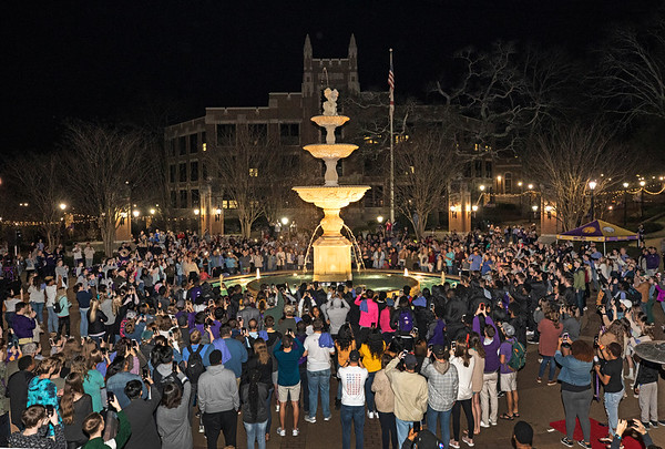 Lighting of the Fountain 2019