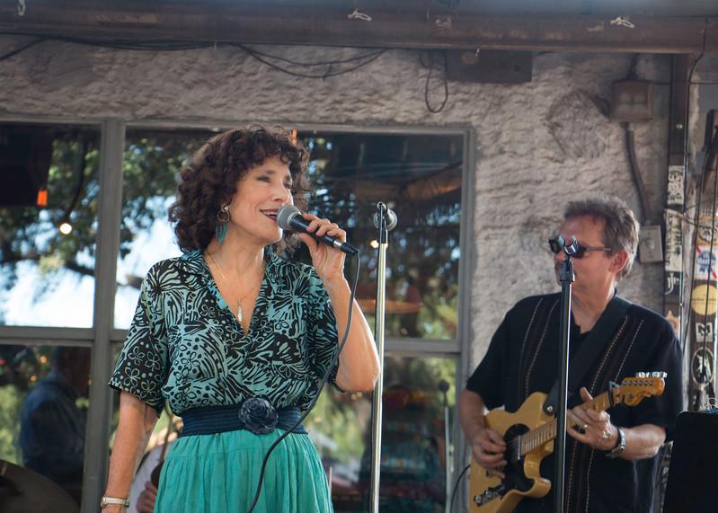 Paula_Sings.jpg
