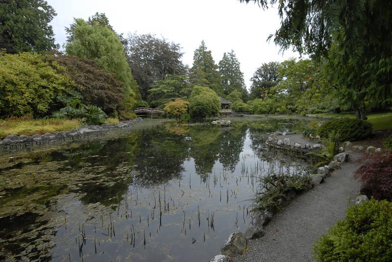 070903 8392 Canada - Victoria - Royal Road Castle and Gardens _F _E ~E ~L.JPG