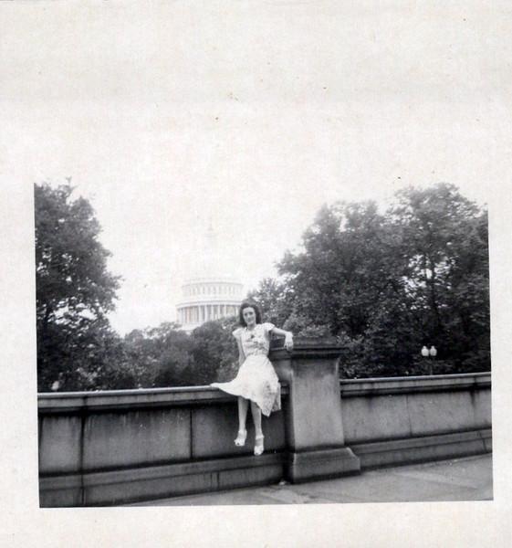 1949 Vivian Konyha Honeymoon.jpeg