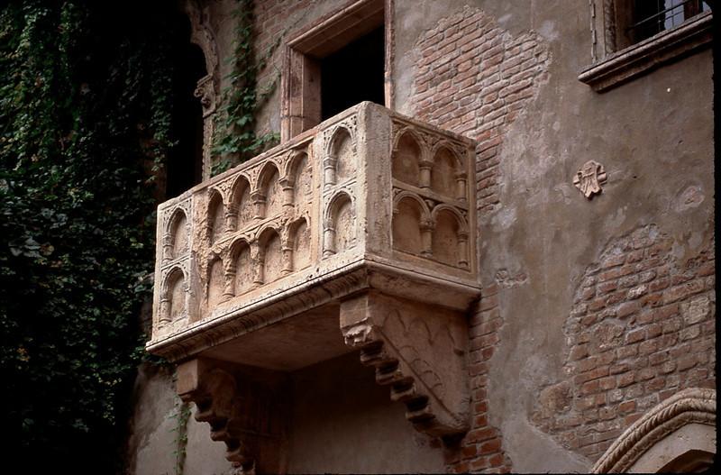 Verona balcony of Romeo and Juliet